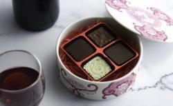 有田焼×ショコラティエ 野口和男、ミニお重入りオリジナルチョコレート500セット限定|2019年バレンタインスイーツ